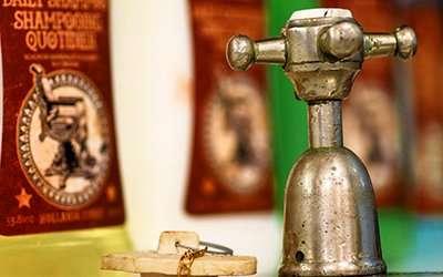 Interior Bosuns Barbers - taps